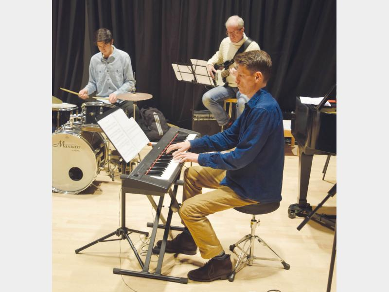 Students at a Richmond Jazz School Jazz Intensive Course